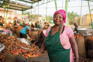 Akua Sarpomaa Serendipalm Fair Trade Bio Palmöl